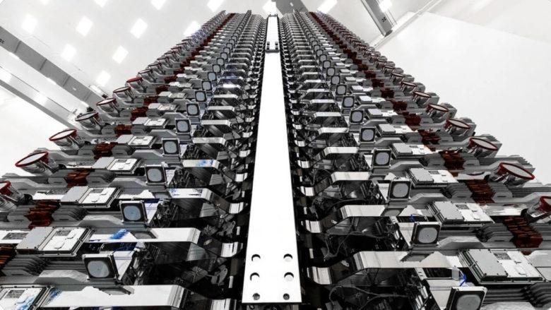 スペースX、スターリンク通信衛星60機を軌道投入。開発スピードが速すぎ!
